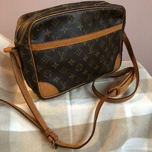 Louis Vuitton Trocadero crossbody
